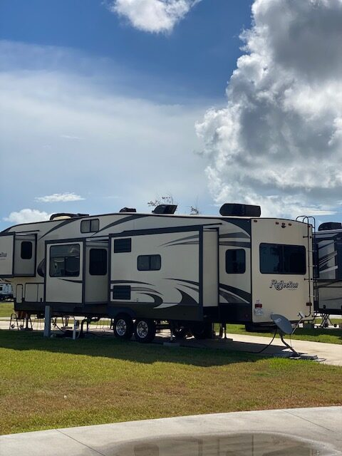 coastal breeze Rv resort Rockport Texas